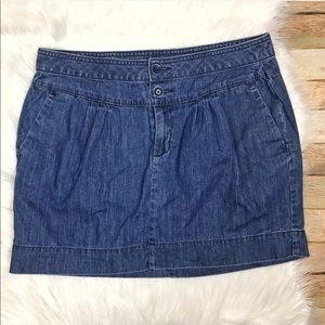GAP Cotton Mini Jean Skirt Size 10 with Pockets
